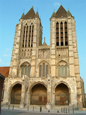 cathedrale-gothique-noyon-230807_1299692470