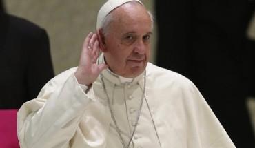 w2-pope-a-20140514-870x588