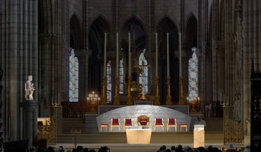 01-St_Denis_Cathedrale_Vue_Choeur_2BDM_Architectes