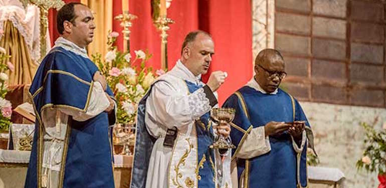 'Summorum pontificum' a libéralisé la messe tridentine en – Portail catholique suisse