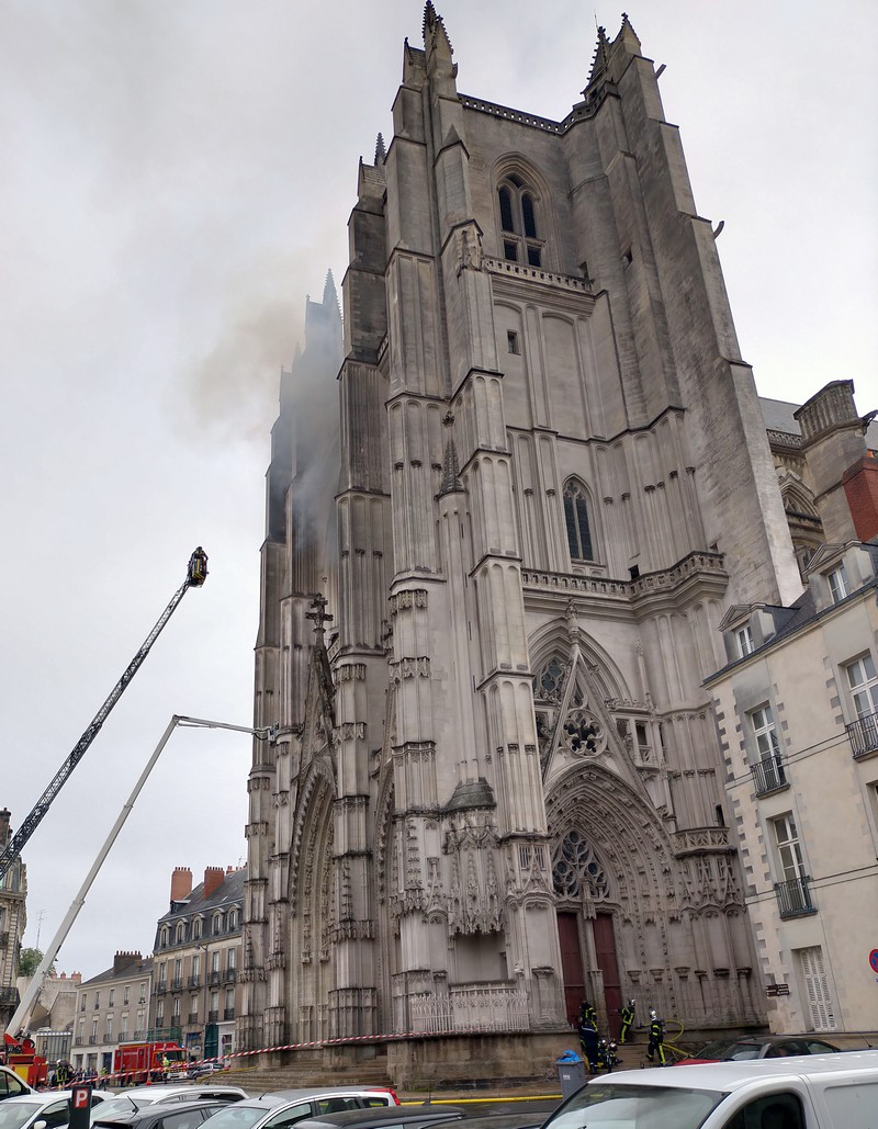 cathedrale-nantes-incendie